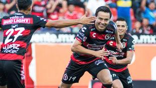 Érick Torres celebra su primer gol en la Copa MX con Xolos