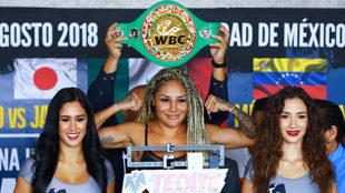 La Barbie Juárez busca la victoria 50 en su carrera