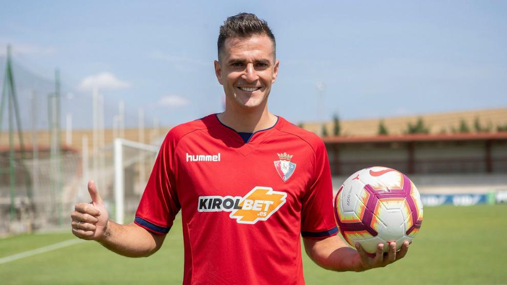 Juan Villar ya luce como rojillo