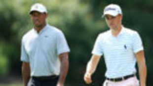 Tiger Woods y Justin Thomas, en el Bellerive Golf Club.