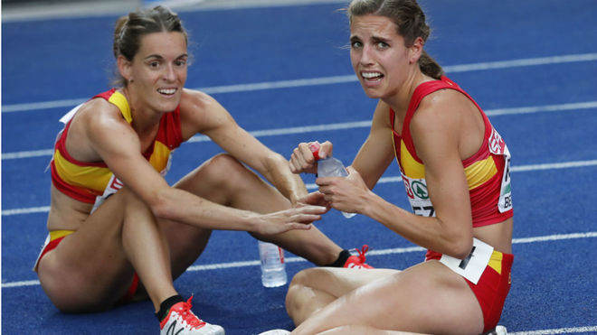 Marta Pérez y Esther Guerrero, tras la final