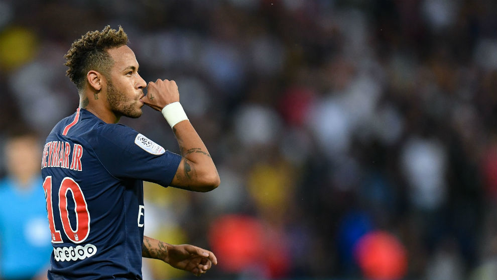 Neymar durante un partido de la Ligue 1