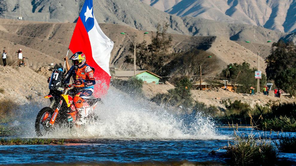 Toby Price durante la disputa del prólogo del Rally Atacama.