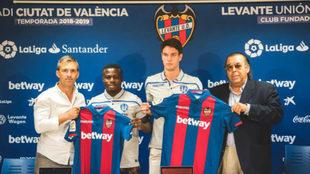 Simon y Vukcevic, presentados por el Levante.