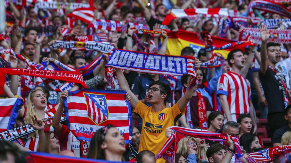 Aficionados del Atlético en el Wanda Metropolitano.
