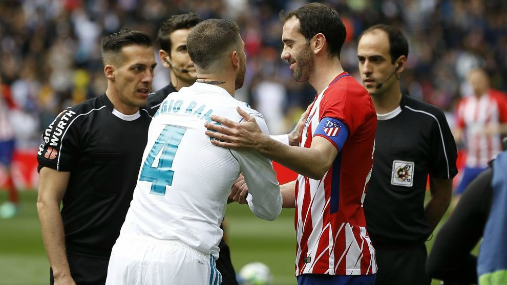 Diego Godin rejected Manchester United for 'personal reasons'