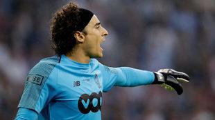 Ochoa espera seguir contando con minutos de juego en el Standard de...