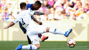 Malcom scores a goal during the match between Barcelona and Boca...