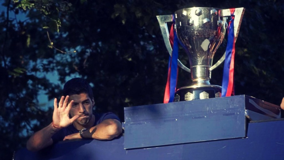 El Barça defiende el título de LaLiga conseguido la temporada...