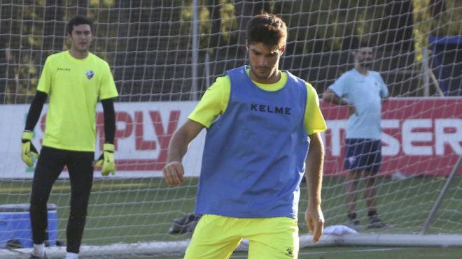 Melero, con el Huesca.