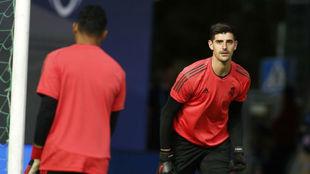 Keylor y Courtois, en el entrenamiento previo a la Supercopa de Europa