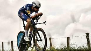 Niki Terpstra rueda en la crono del último Tour de Francia.