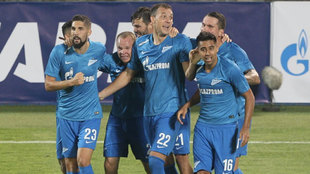 Los jugadores del Zenit celebran el 4-0