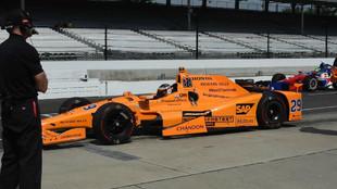 Fernando Alonso con el McLaren Honda en Indy 500.