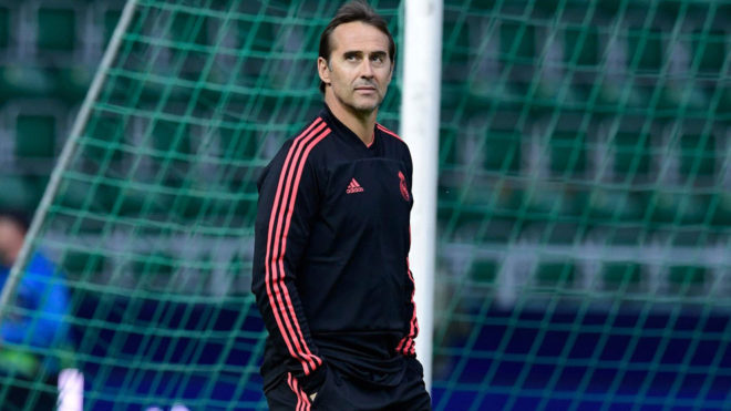 Lopetegui insists on signing a No.9.