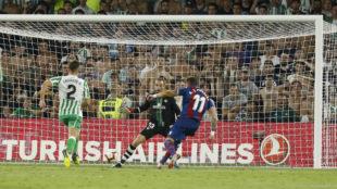 Morales takes Levante into dreamland