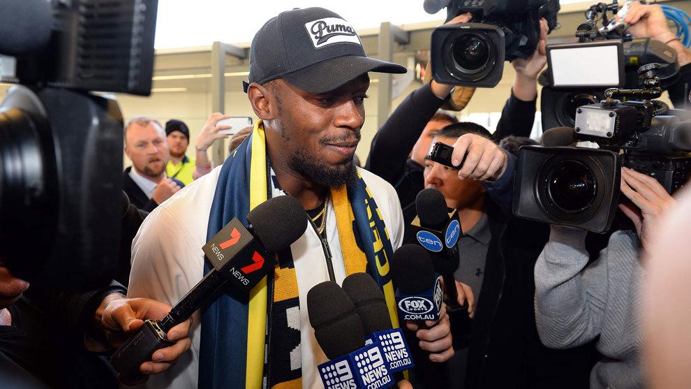 Usain Bolt a su llegada al aeropuerto de Sídney.