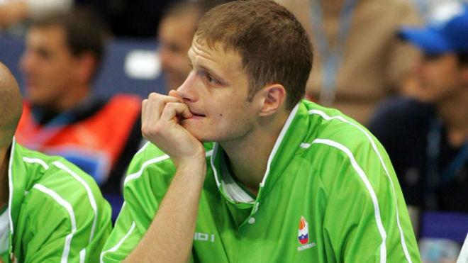 Rasho Nesterovic con Eslovenia durante el EuroBasket de 2005