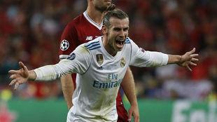 Kiev celebra un gol en la final de Kiev ante el Liverpool