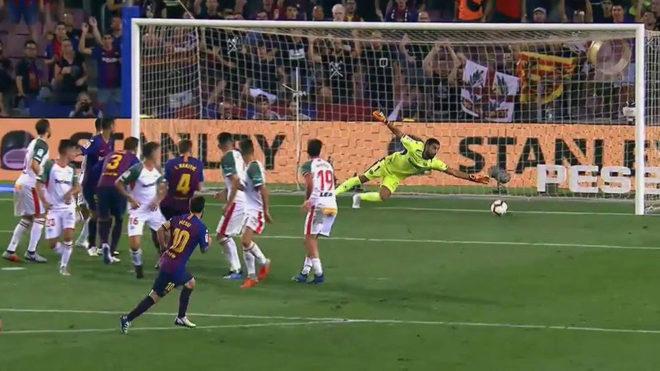 Messi scores another trademark freekick.