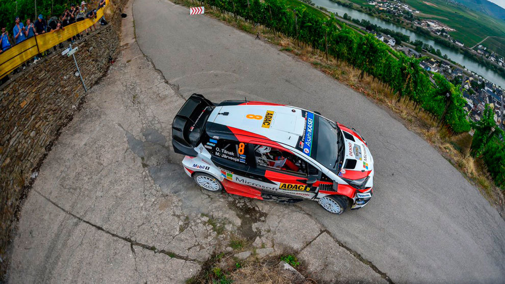 El estonio revalida con el Toyota su victoria en el asfalto alemán.
