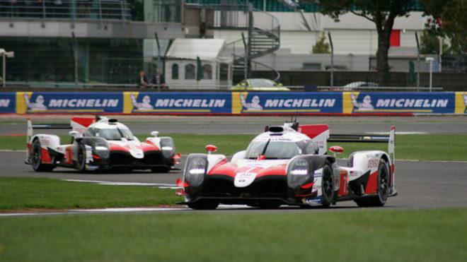 Los dos Toyota en las 6 horas de Silverstone