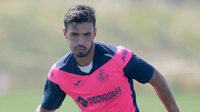 Getafe rescindió su contrato y el mexicano Alanís se queda sin equipo