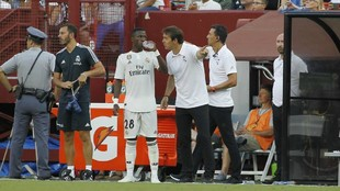 Vinicius and Lopetegui, during the ICC match between Real Madrid and...