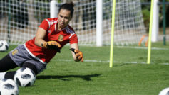 Cata Coll, portera de la selección española sub'20, durante un...