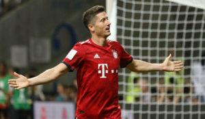 Lewandowski celebrate after scoring the 3-0 lead, during the German...