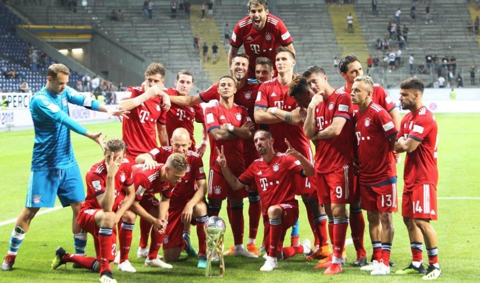 El Bayern Munich ha arrancado la temporada celebrando un título, el...