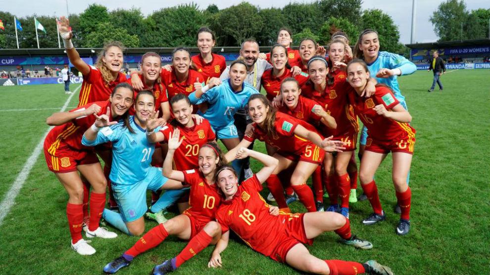 Las internacionales españolas celebran una victoria en el Mundial de...