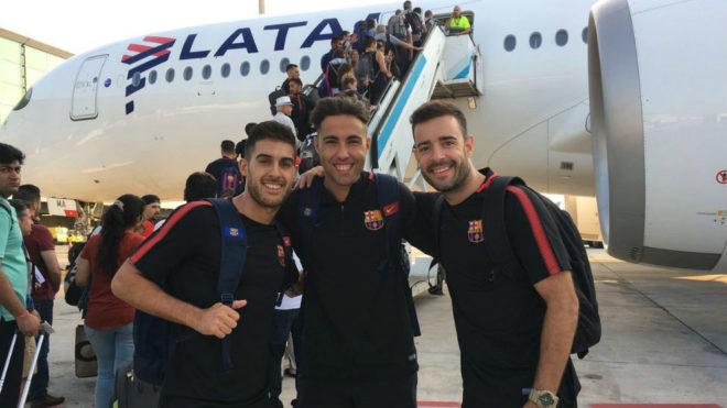 Adolfo, Aicardo y Dídac, a la salida del viaje hacia Tailandia.