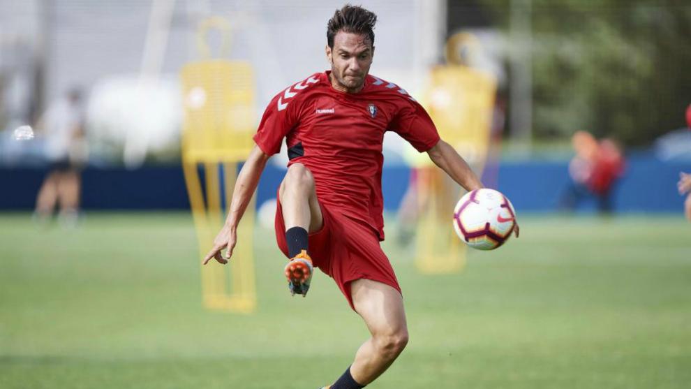 David Rodríguez en un entrenamiento de Osasuna