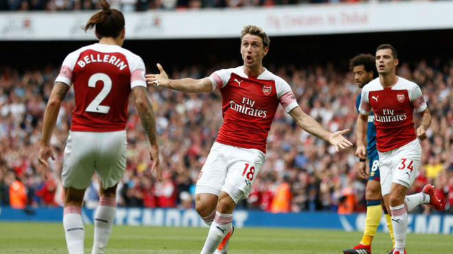 Arsenal off the mark as West Ham fall at the Emirates