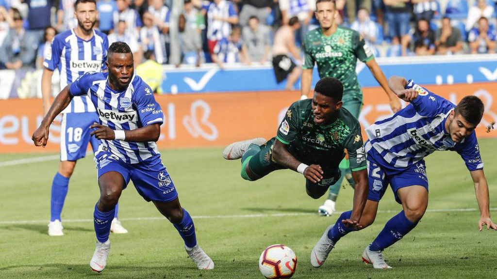 Real Betis struggle to find cutting edge in stalemate with Alaves
