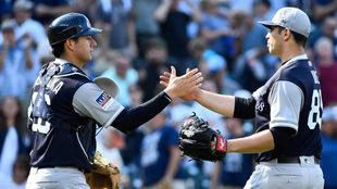 Los Yankees celebran el triunfo sobre los Orioles