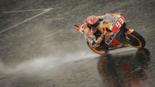 Marc Márquez, sobre el asfalto mojado de Silverstone