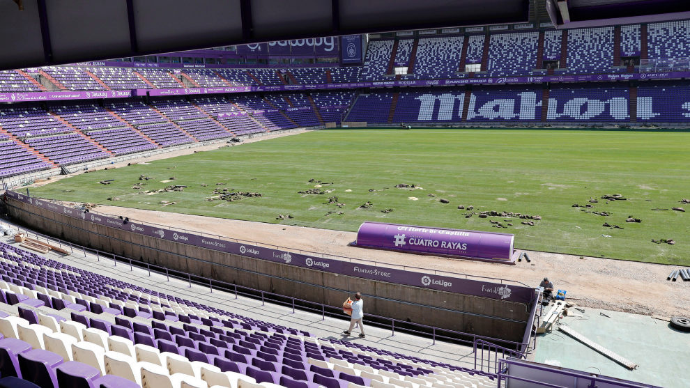 Company responsible for installing Valladolid pitch blame quality of...