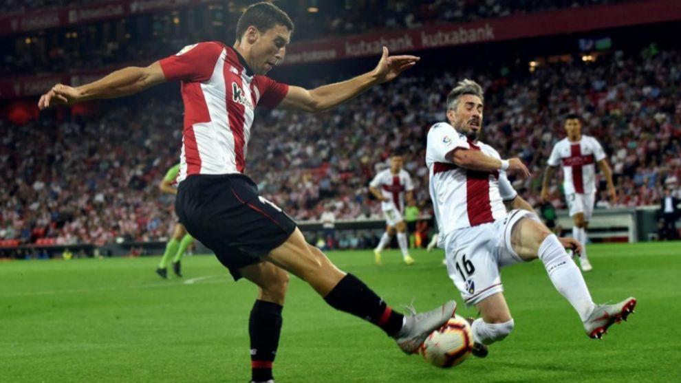 De Marcos, en el partido de este lunes contra el Huesca.