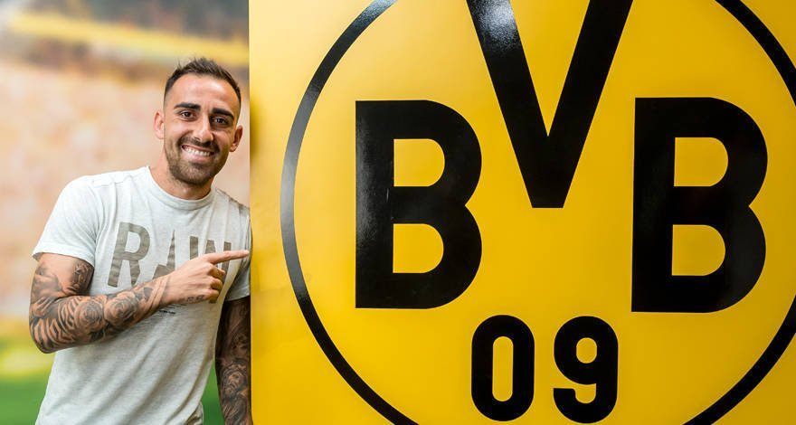 Alcacer joins Borussia Dortmund on loan