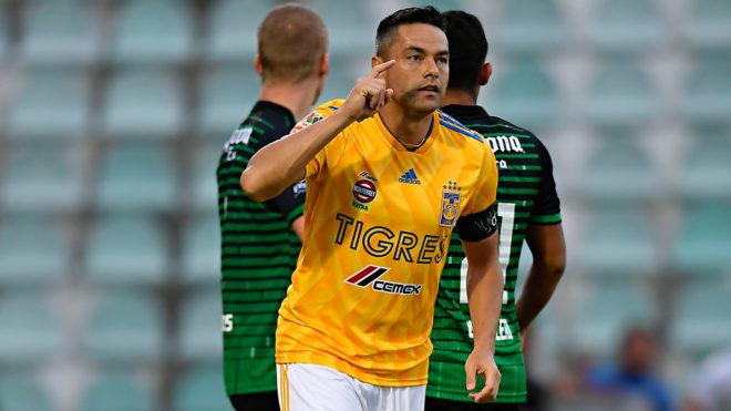 Juninho celebra su gol ante Cafetaleros