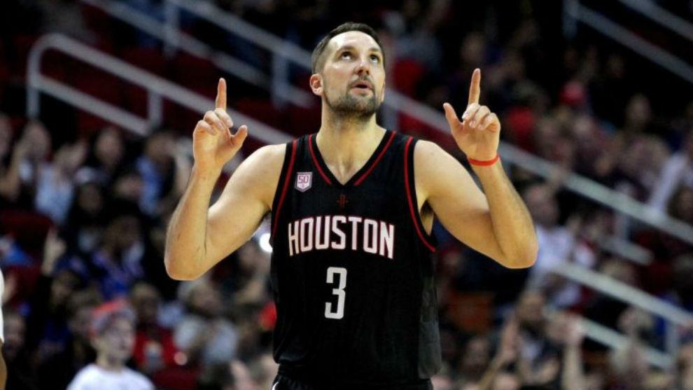 Ryan Anderson, en un partido de los Rockets.