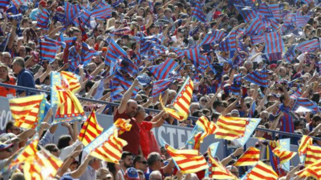 Aficiones del Levante UD - Valencia CF