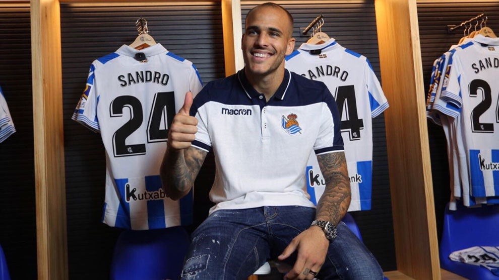 Presentación de Sandro Ramírez como nuevo jugador de la Real