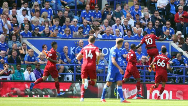Mané celebra su gol al Leicester.