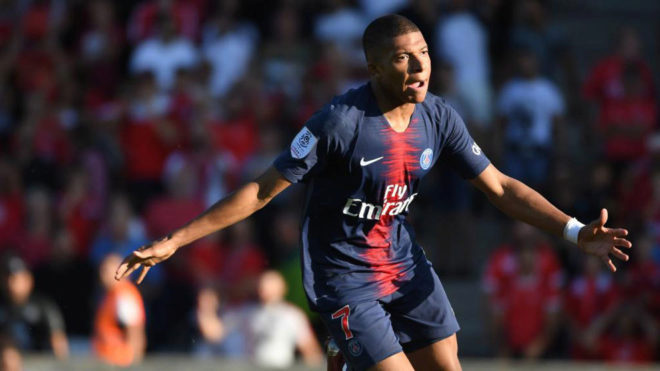 Mbappe scores and sees red as PSG beat Nimes