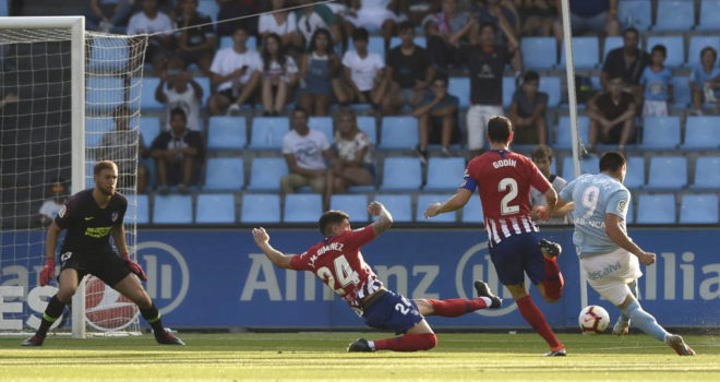 Maxi Gomez scores the first for Celta.