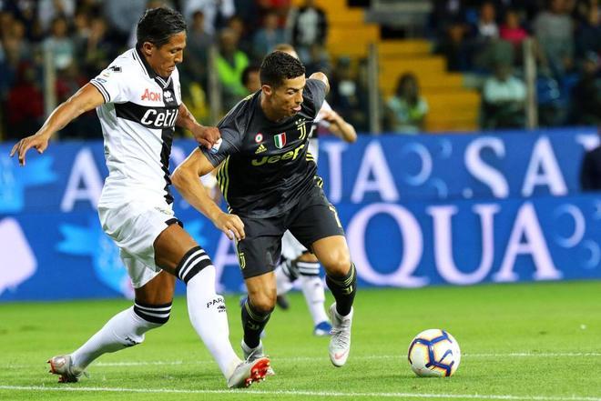 Parma (Italy), 01/09/2018.- Juventus' Cristiano Ronaldo (R) in action...