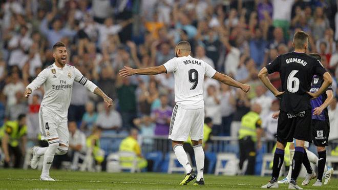 Benzema celebrates with Sergio Ramos